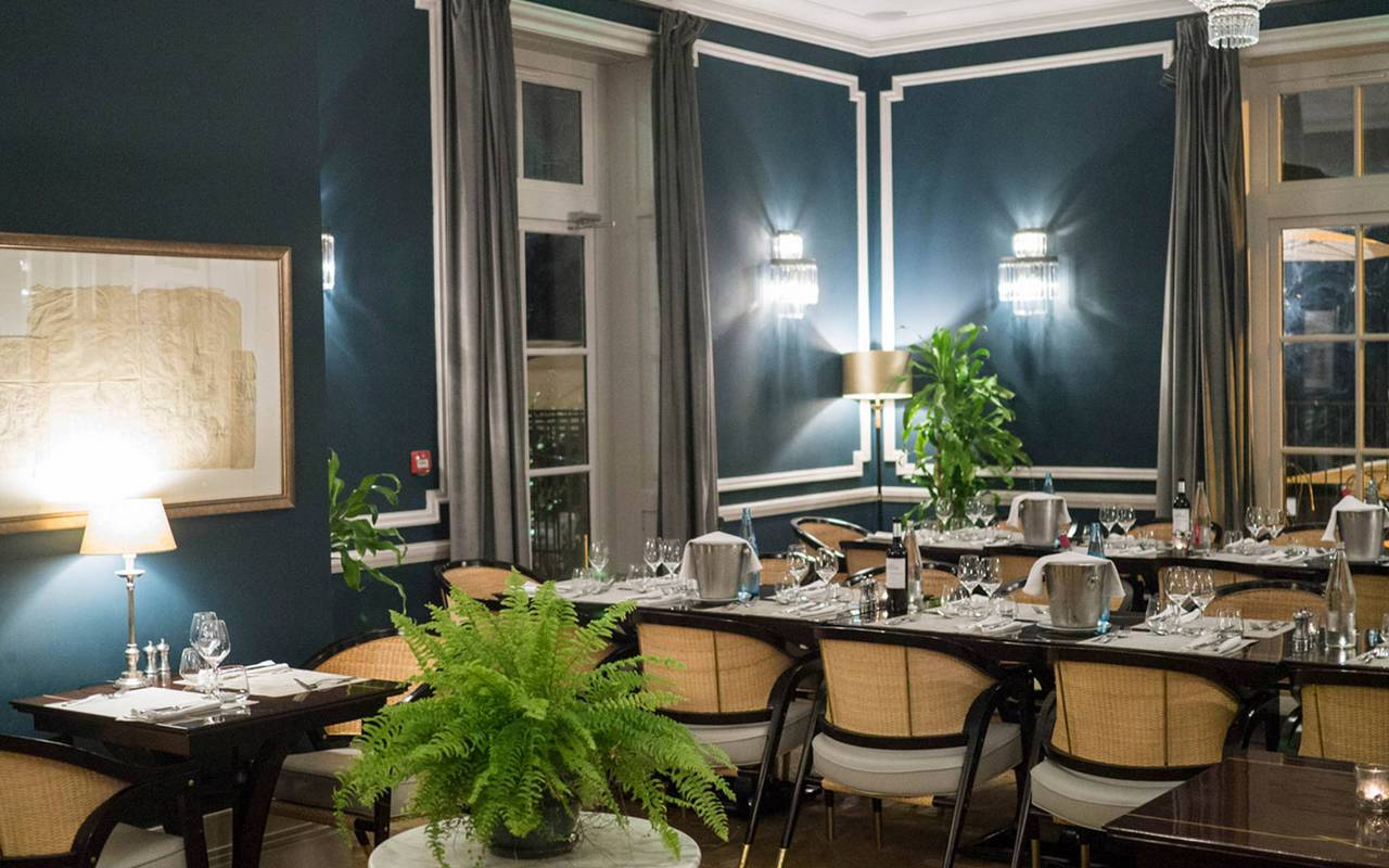 Restaurant room, conference France, Domaine & Demeure events.