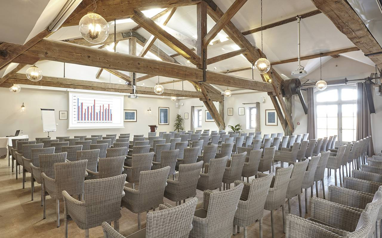 Meeting room for business meeting in France, Domaine & Demeure events.