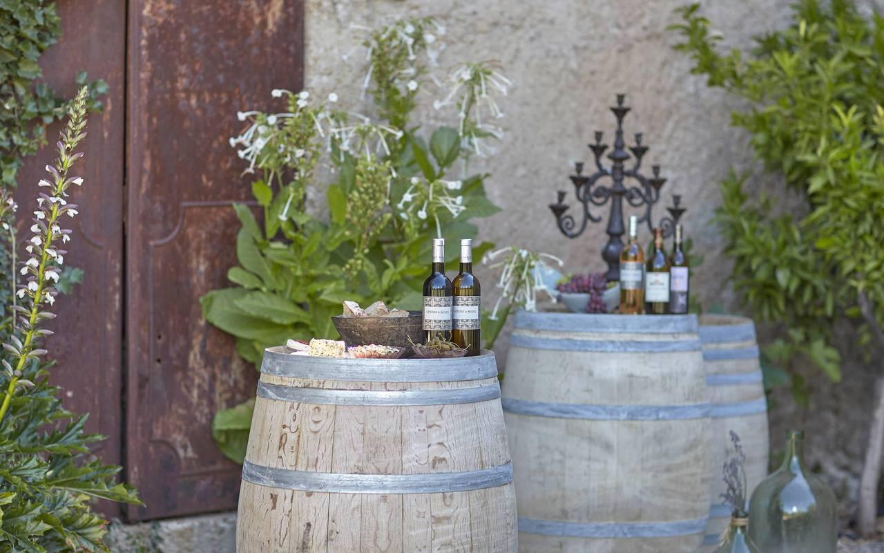 Wine barrel, vineyards Languedoc, Domaine & Demeure events.