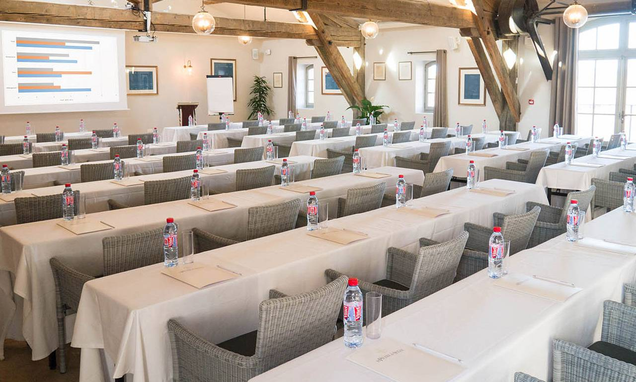 Very spacious meeting room, team building near Toulouse, France, Domaine Capitoul.