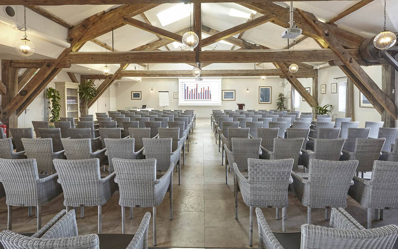 Spacious meeting room, team building near Toulouse, France, Domaine Capitoul.