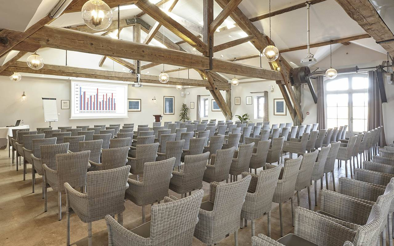 Luxury meeting room, team building near Toulouse, France, Domaine Capitoul.