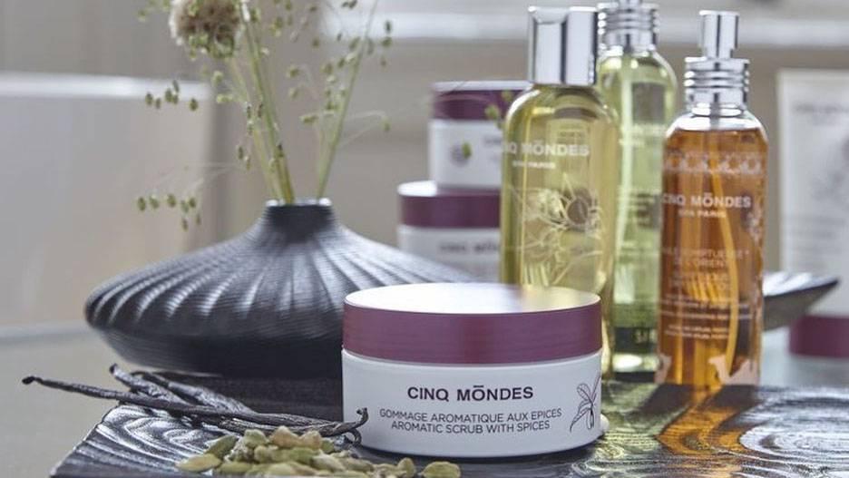 5 mondes products in the spa, team building near Montpellier, Château St Pierre de Serjac.